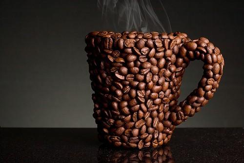أصنع فنجانا من القهوة لشخص مشغول أكثر منك بالعمل