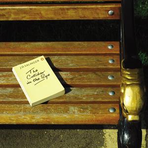 أعطي الكتاب الذي انتهيت من قراءته لشخص أخر